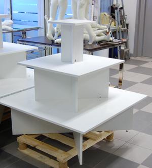 Skyltbord 3-vån vit 1050x1050